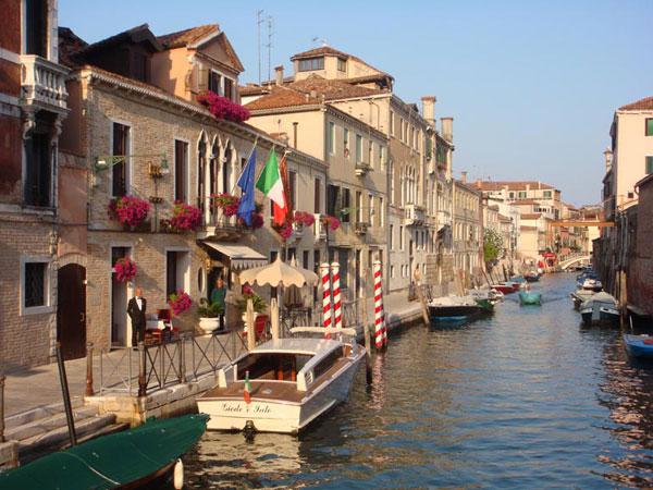 Hotel Ai Mori D Oriente Venice Hotels Italy Small