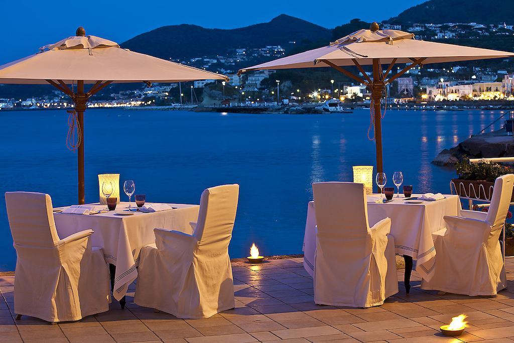 L albergo della regina isabella capri ischia islands for L hotel della cabina islanda